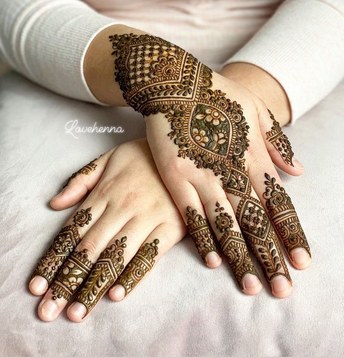 . Net and motif mehndi designs for back hand for bride Mehndi Designs for Back Hand from Farah Saye