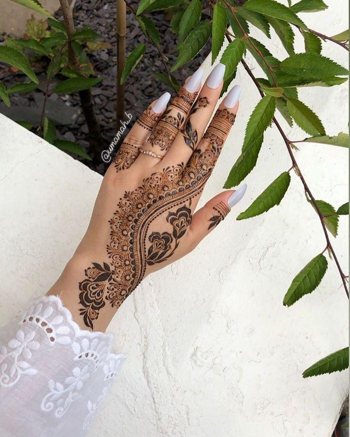 Beautiful Arabic mehndi based stylish mehndi designs for hands Stylish Back Hand Mehndi Designs from Umamah B