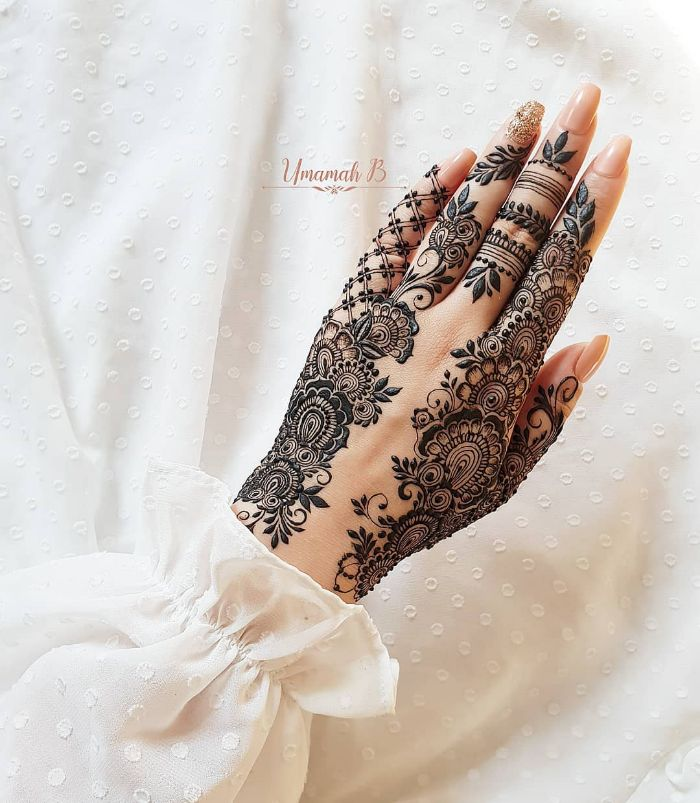 Beautiful foliage designerstylish mehndi designs for hands Stylish Back Hand Mehndi Designs from Umamah B