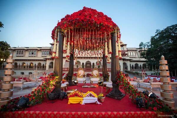 High rise rose topUnique Mandap Decoration Ideas for your wedding