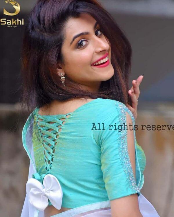 Beautiful bow design back blouse design