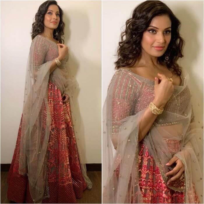 Bipasha Basu in red lehenga Bollywood Actresses in Lehenga Choli with Killing Look