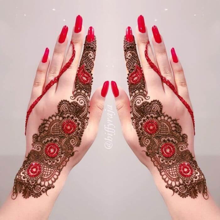 Red glitter combination mehndi design for hands Glitter Mehndi Designs for Hands by Hiffyraja