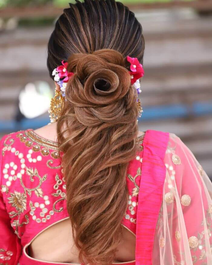 Floral wedding hairsty le for long hairIndian Wedding Hairstyles for Long Hair