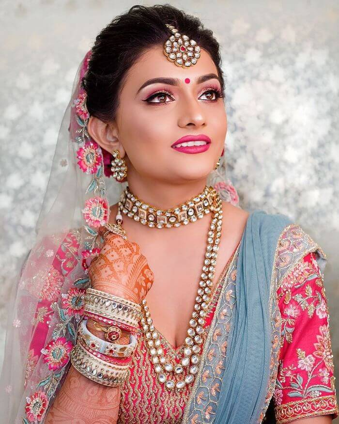Beautiful wedding makeup for bride's sisters and bhabhis Indian Wedding Makeup Looks for Bride's Sister