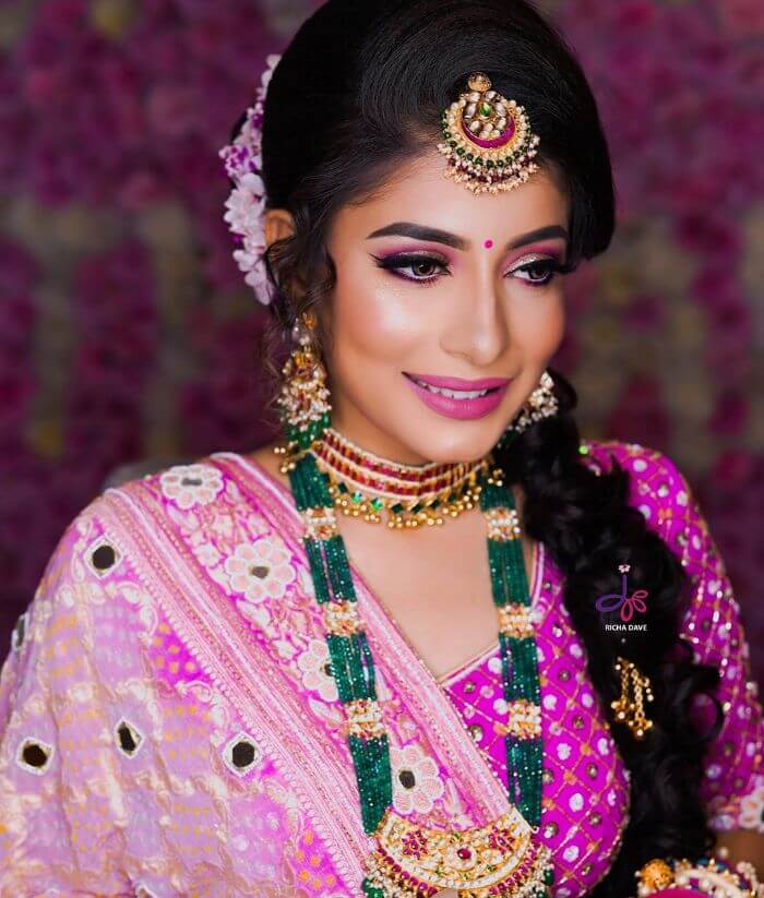 The all  pink Indian wedding look for young sisters Indian Wedding Makeup Looks for Bride's Sister