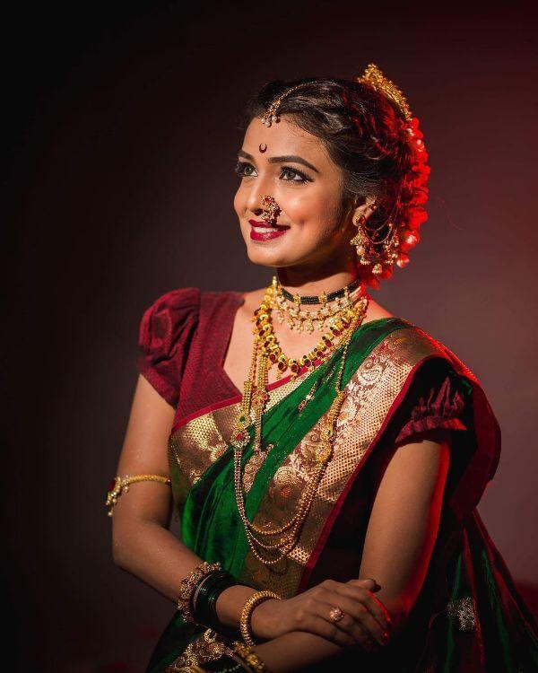 The royal and elegant marathi bride look Marathi Bridal Look in Traditional Saree