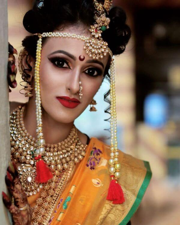 The elegant marathi bride wedding look Marathi Bridal Look in Traditional Saree