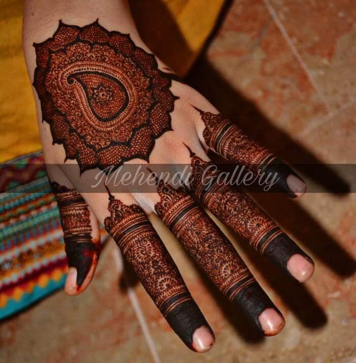 Creative fine mehndi design for hands Stylish Pakistani Mehndi Designs for Hands