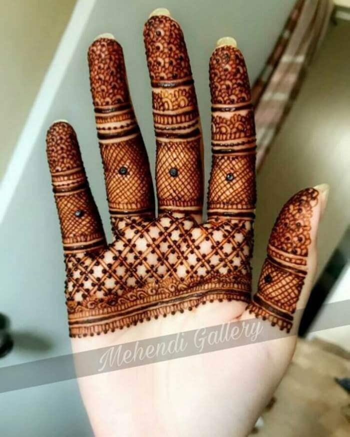Upper hand mehndi design Stylish Pakistani Mehndi Designs for Hands
