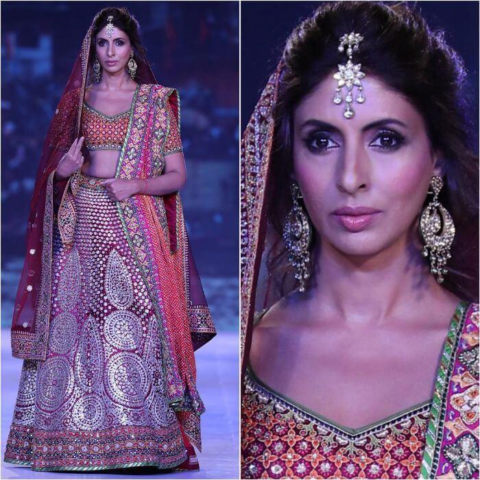 Shweta Bachchan Nanda in multi-coloured lehenga Bollywood Actresses in Lehenga Choli with Killing Look