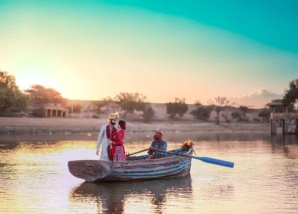 boat Unique Pre-Wedding Photoshoot Ideas rajasthan