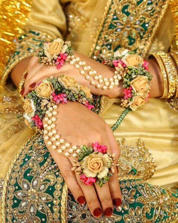 Beautiful faux bridal floral hathphool jewellery Floral Hathphool Jewellery Designs for Weddings