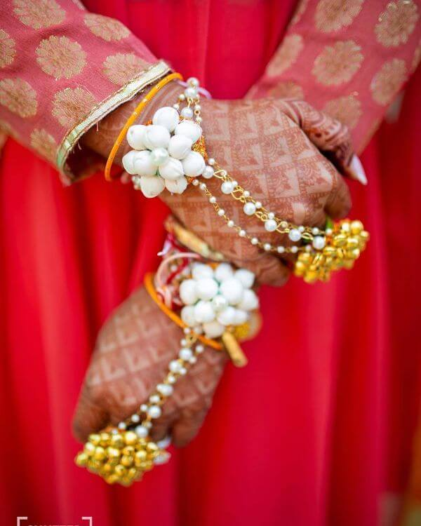 Simple jasmine floral hathphools Floral Hathphool Jewellery Designs for Weddings