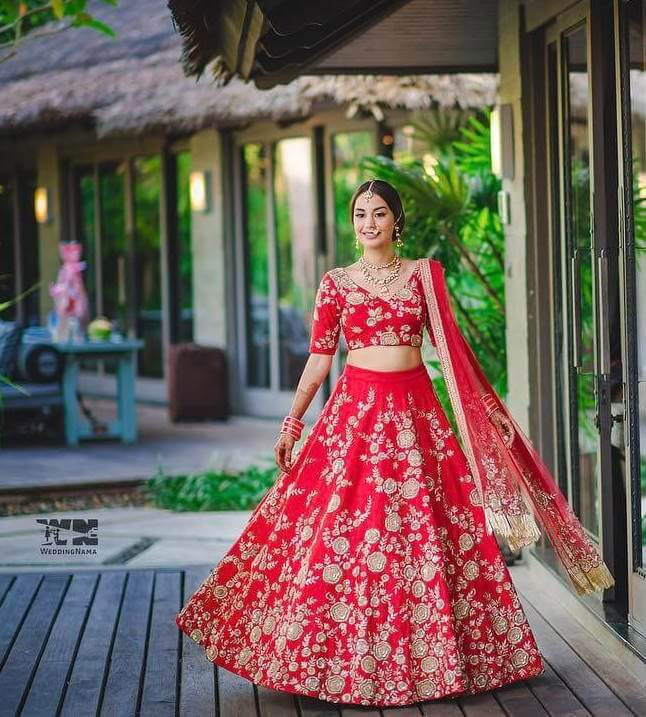 red coloured lehnga