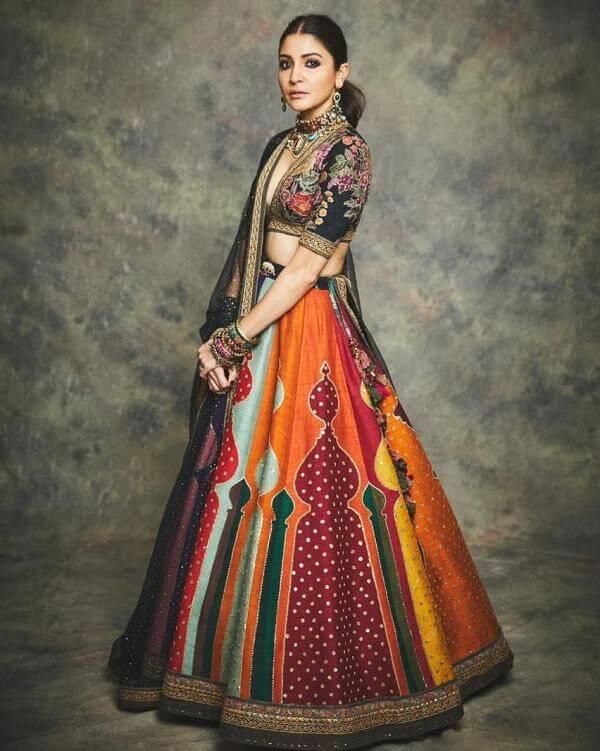Anushka's fit for a queen Lehenga
