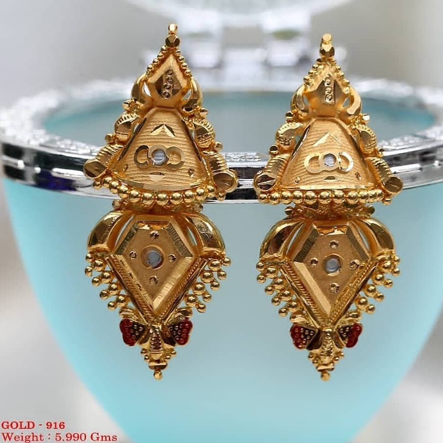 Triangle shaped studs for wedding Gold Wedding Earring Designs You will Fall in Love Instantly