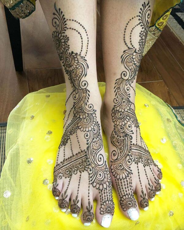 Latest & Simple Arabic Mehndi Designs for Foot
