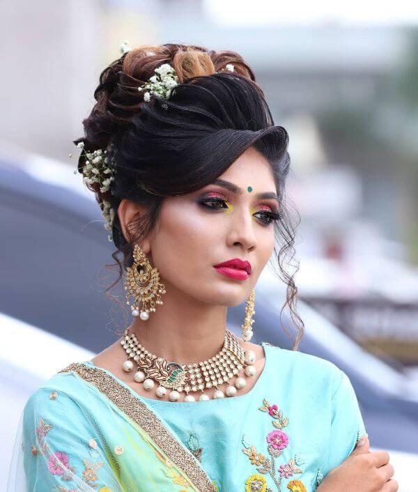 Canary eye tips Indian wedding makeup look Indian Wedding Makeup Looks for Brides & Bridesmaids