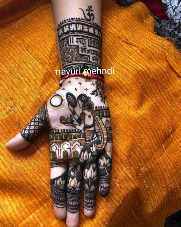 Old Hat full hand Mehendi design for Karwa Chauth Karwa Chauth Special Full Hand Mehndi Designs