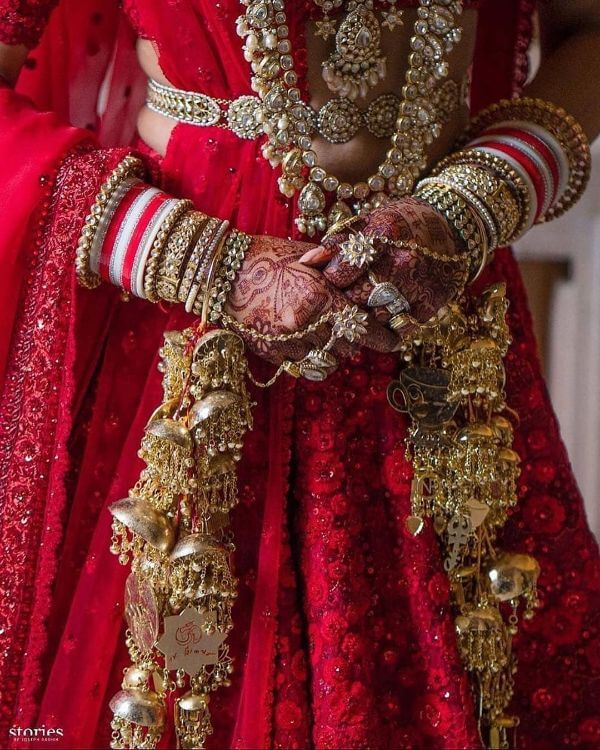 Priyanka rocking the red an Ivory choodas Latest Chooda Designs for Brides to Try in 2020