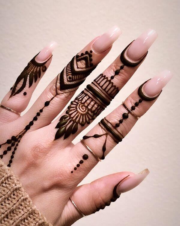 Finger Mehendi designs