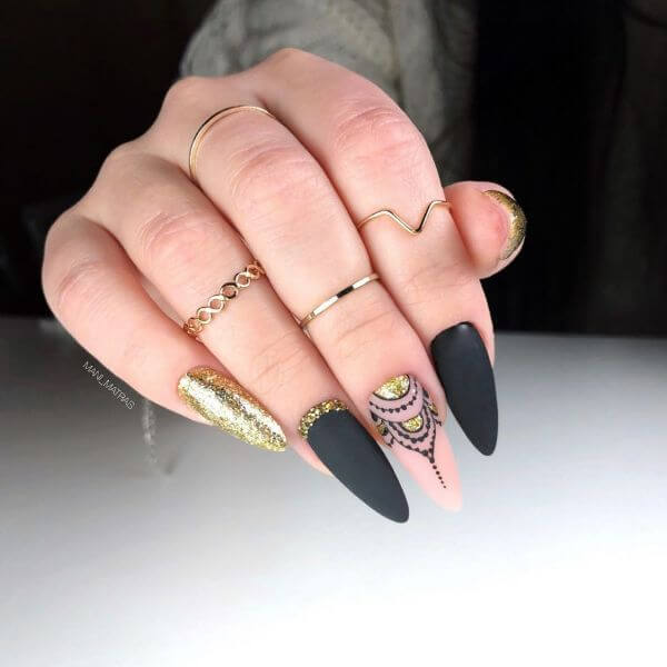 Black matte nail with golden glitter art designs for girls Matte Nail Art Designs - Nail Polish Ideas for Stylish Look