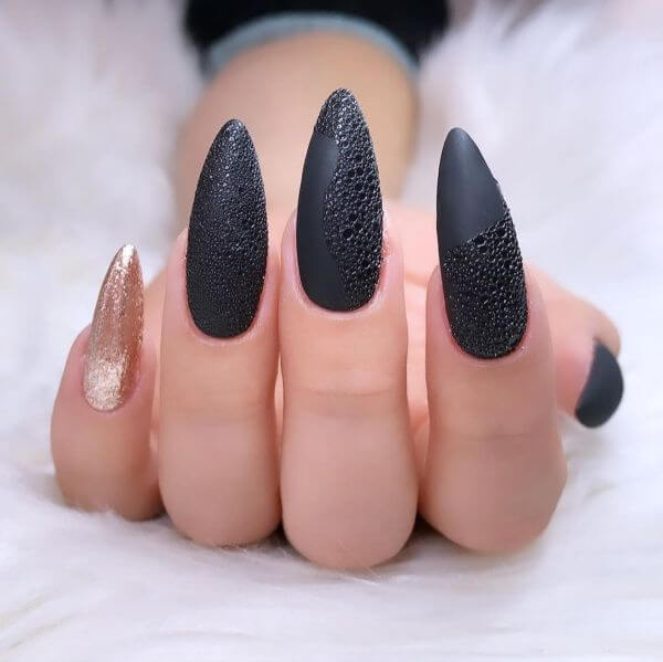Stoned black and copper nail art for girls Matte Nail Art Designs - Nail Polish Ideas for Stylish Look