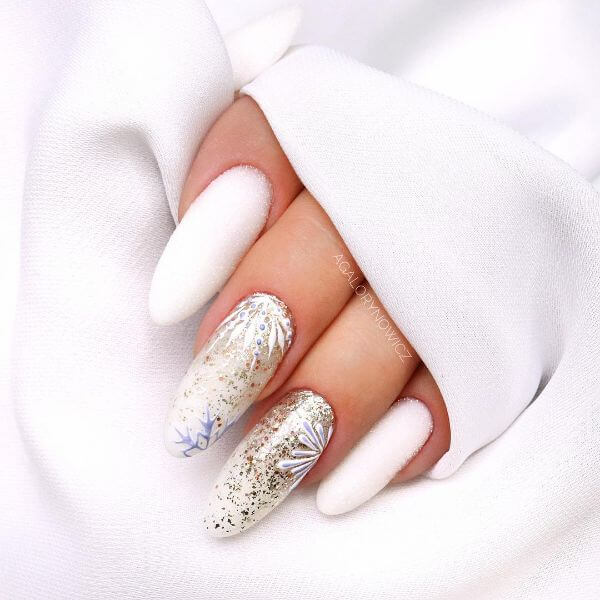 The Winter Vibe Latest Nail Art Designs to Glam-up Your Nails 2020