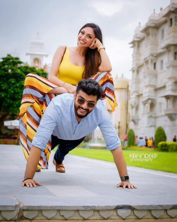 A Fit Chick and a Gym Freak, pre-wedding shoot Perfect Pre-Wedding Couple Photography Ideas