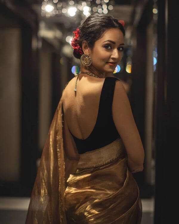Classic golden saree Bridesmaids outfit Shanvi Srivastava Bridesmaids Outfits | Trending This Year