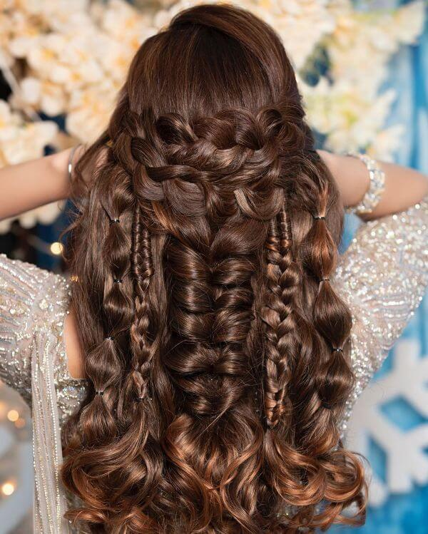 Open hairstyle with different braids one by one