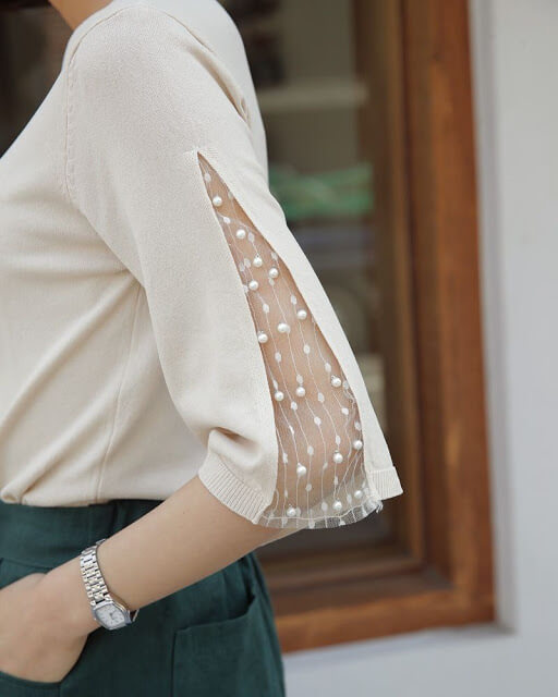 Sleeves with net finish
