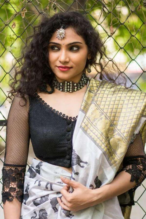 Net sleeved blouse for wedding party