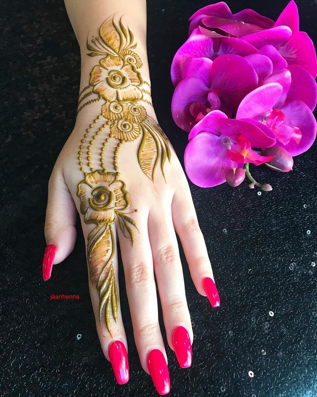 Beautiful Rose Mehndi Design for Back Hand Latest Simple Arabic Mehndi Designs for Back Hand 2020