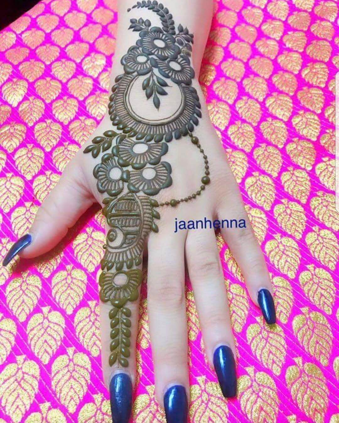 Latest Simple Arabic Mehndi Designs For Back Hand 2020 K4 Fashion