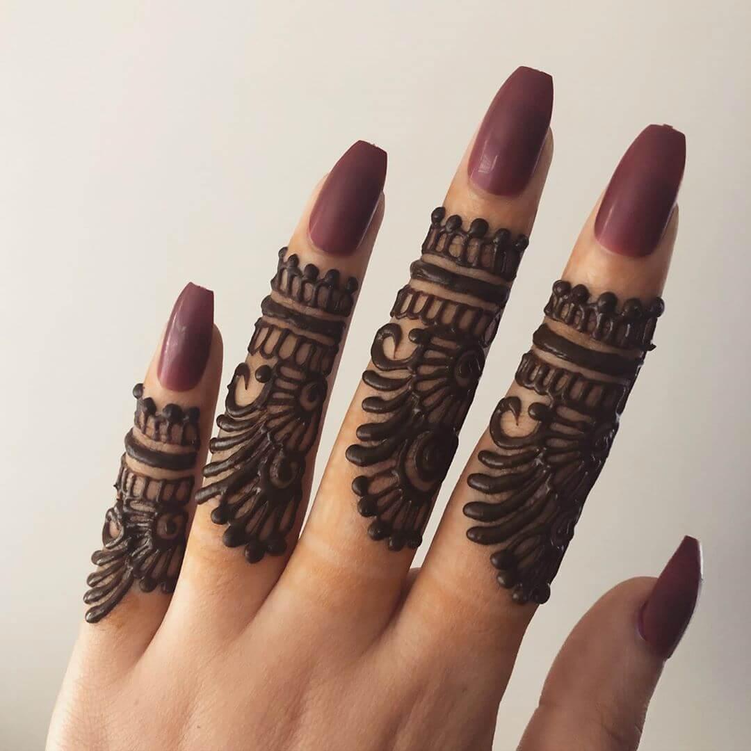 Bands and floral mehndi design Finger mehndi Designs