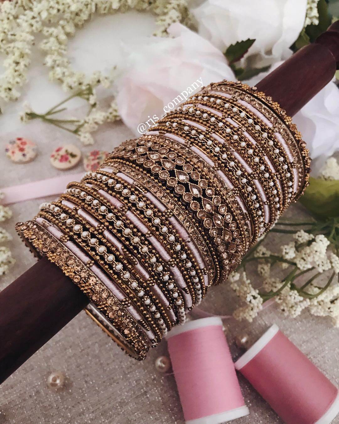 Kundan and dusty pink bridal bangle design