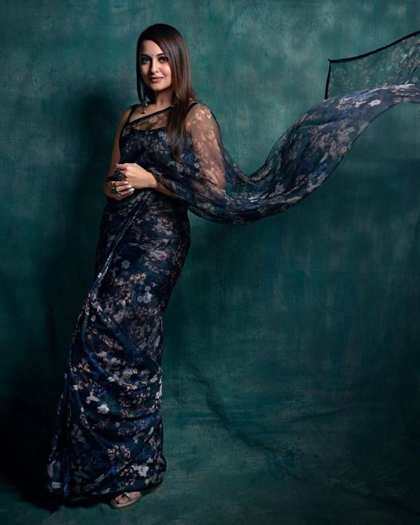 Printed chiffon's with sleeveless blouse Modern Saree Draping Styles Inspo from Bollywood