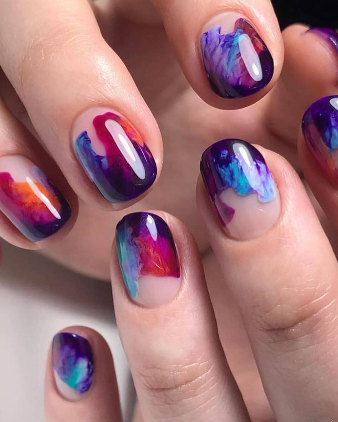 Swirly marbled nails! Marble Nail Art Designs