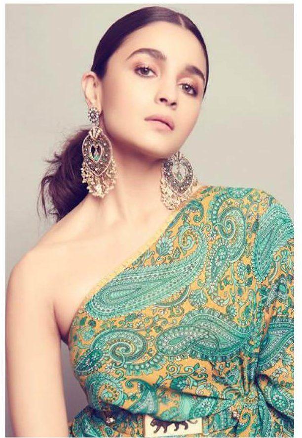 Alia Bhatt Paan Chandbali Earrings