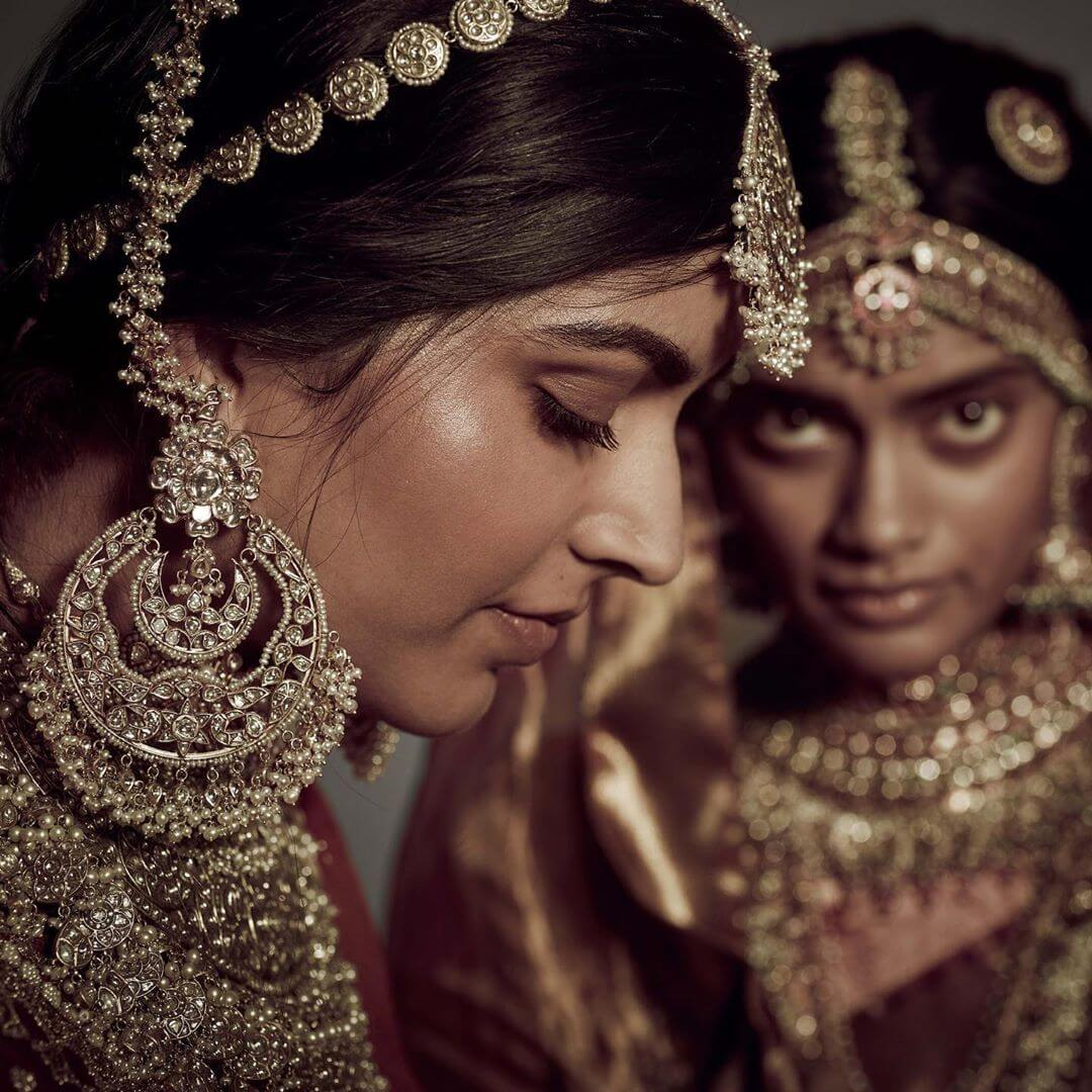 The Luxurious Chandbali earring for Bride