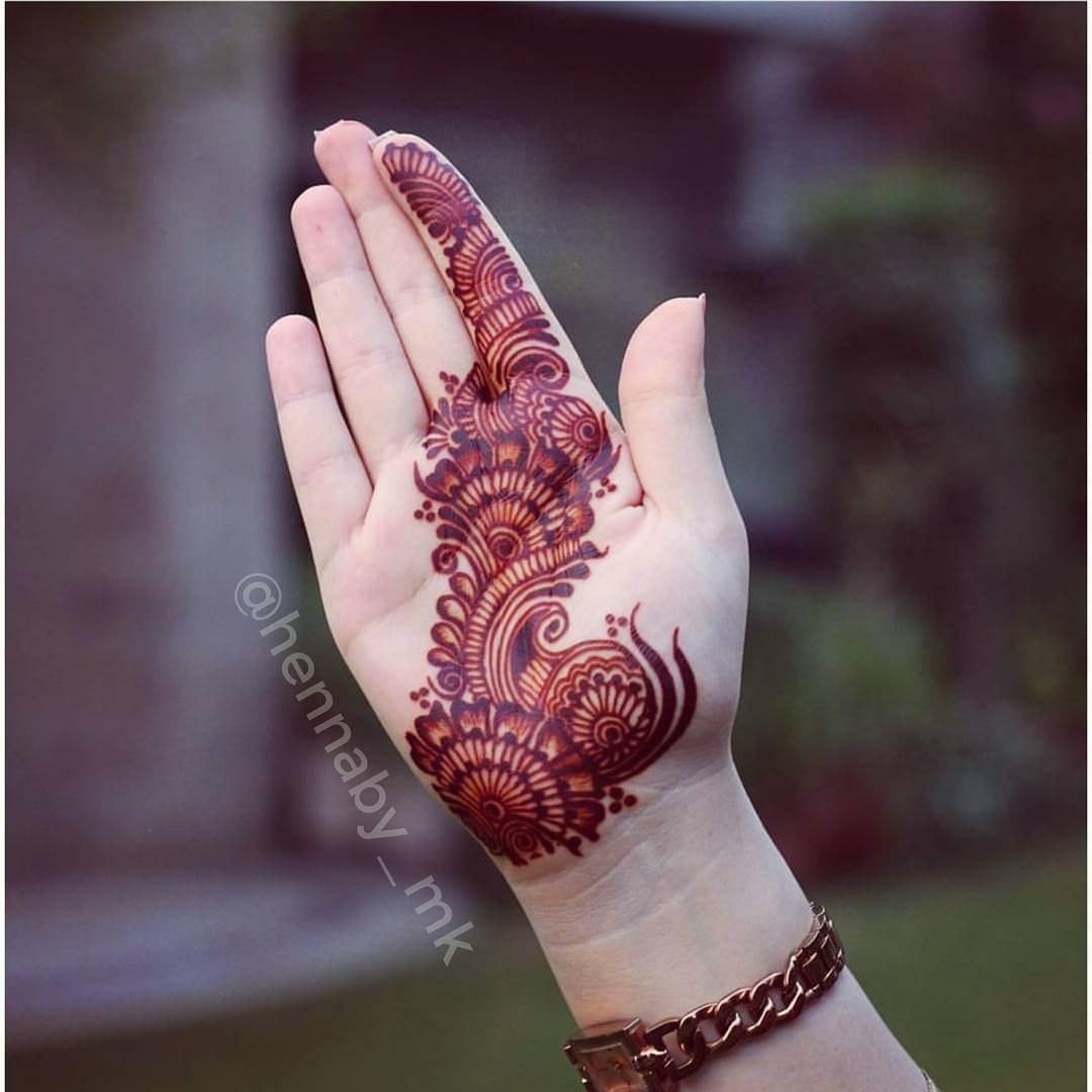 Intricate designed mehndi Unique Mehndi Design for Bride and Bridesmaids