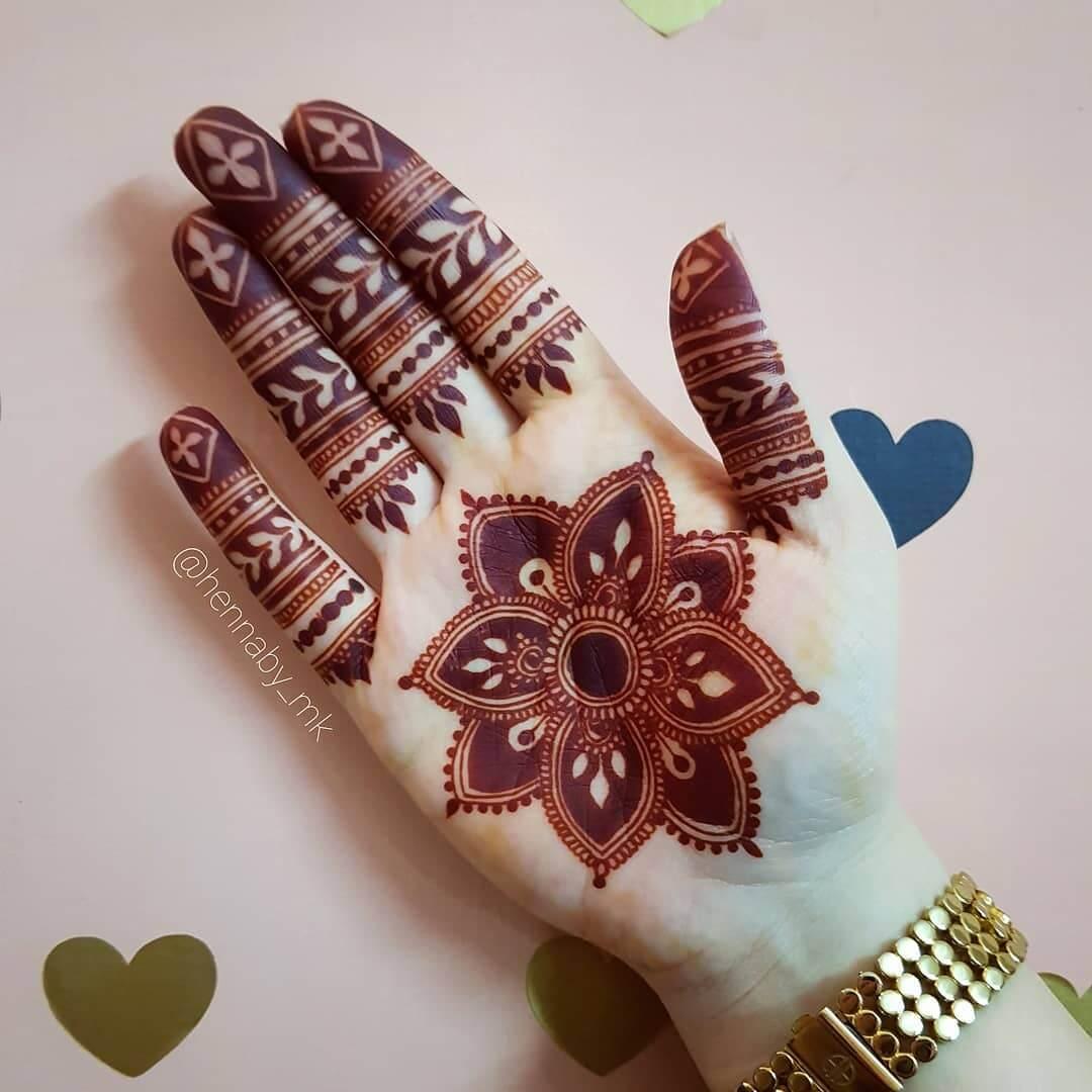 Bold flowery design Unique Mehndi Design for Bride and Bridesmaids