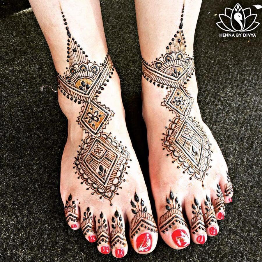 Geometric Pattern Feet Mehndi Designs