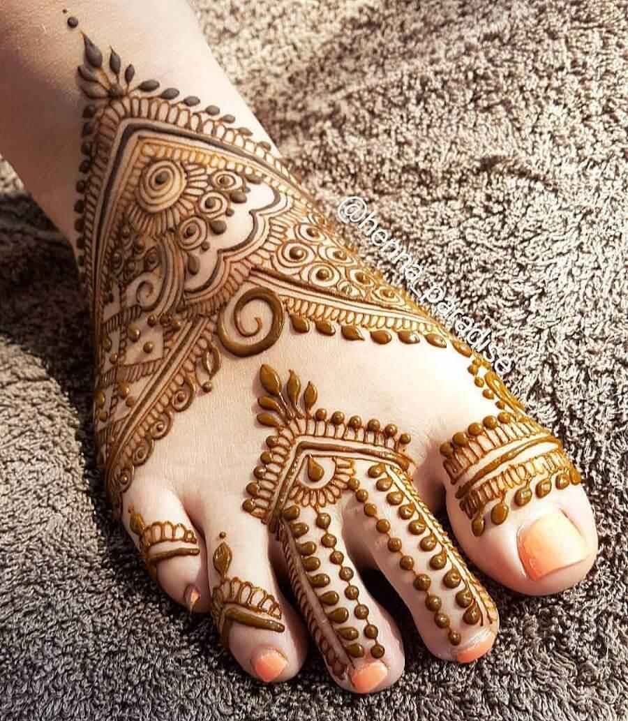 Modern Bridal Feet Mehndi Designs