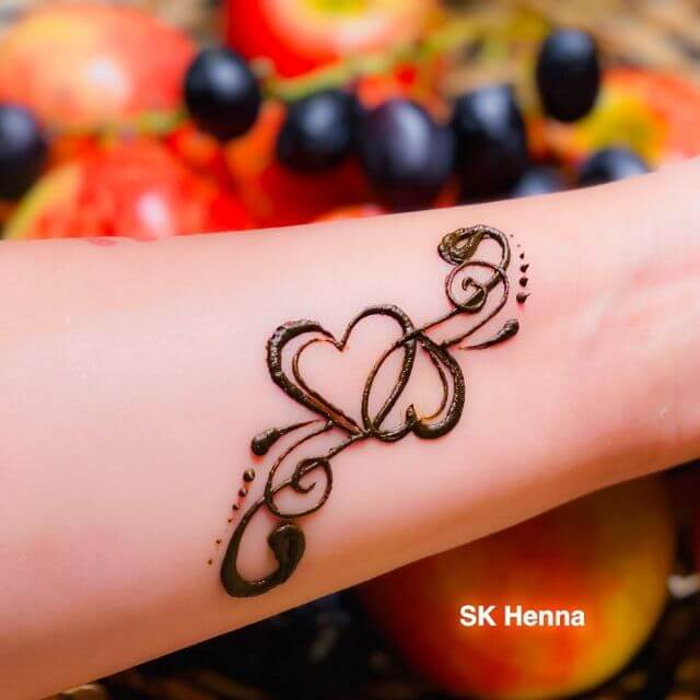 easy heart henna designs