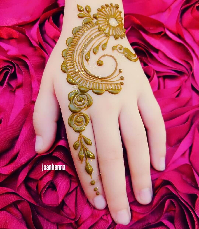 Latest Stylish Arabic Mehndi Designs For Kids