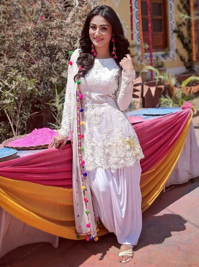 White short frock kurti with patiala for short height girls and ladies to make a perfect indian holi party dress