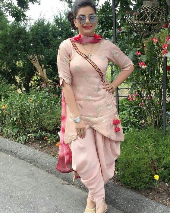 Peach angrakha short kurti and patiala for Indian party dress for Short height ladies and girls.